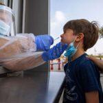 Κορωνοϊός: «Ρεζερβουάρ» παραγωγής νέων μεταλλάξεων τα παιδιά